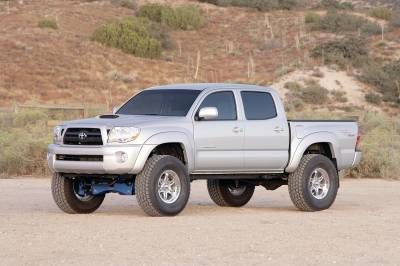 Fabtech - Fabtech 6in PERF SYS W/DLSS 2.5 C/Os & RR DLSS 05-14 TOYOTA TACOMA 4WD/2WD 6 LUG MODELS K7020DL